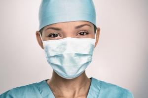 Une prime d'encouragement de 985 euros bruts également pour les infirmiers indépendants et les travailleurs salariés des maisons médicales